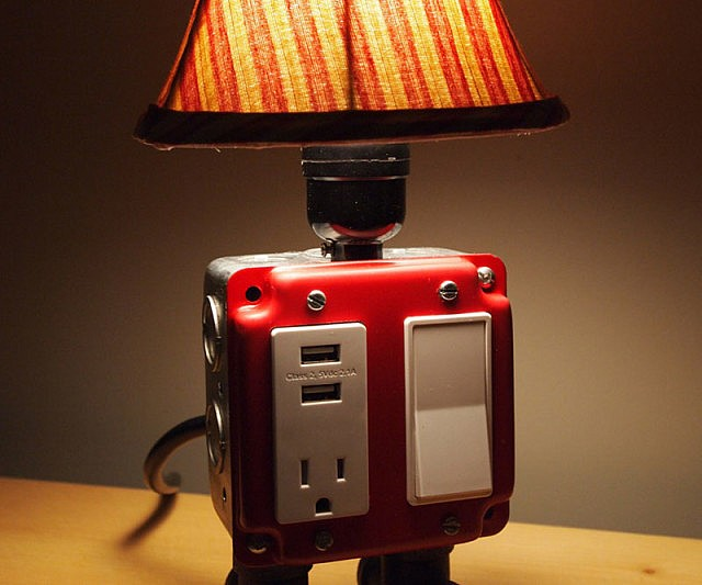 usb-charger-lamp